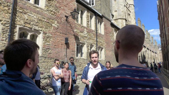 free walking tour visit cambridge