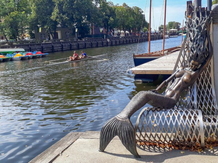 Things to do in Klaipeda: Mermaid statue on Dane River