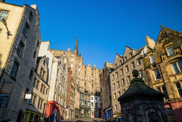 Edinburgh is a must visit on any Lonodn-Scotland-Ireland itinerary