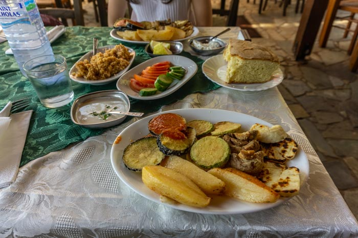 Lunch stop on the way from Larnaca to Nicosia