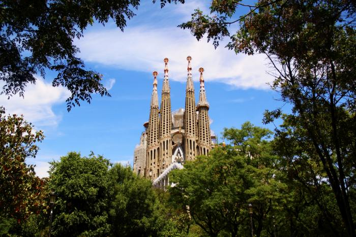 Admiring the Sagrada Familia won't increase your Barcelona trip cost