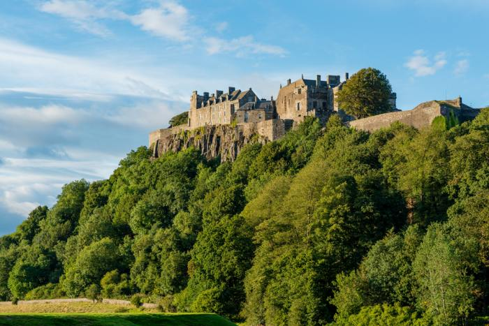 Stirling Castle is a logical stop on an Edinburgh to Loch Lomond Day Trip