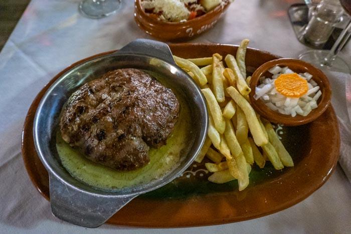 Balkan Cuisine: Pljeskavica