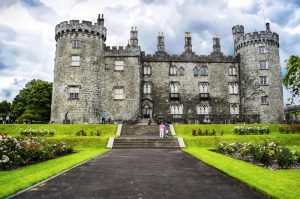 Kilkenny Castle is a great stop between Dublin and Cork