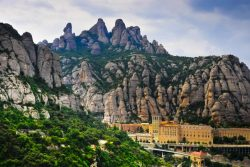 How to Do a Montserrat Day Trip from Barcelona