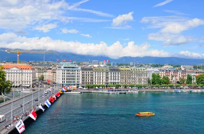 View of Lake Geneva & Harbour