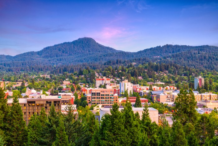 Eugene, Oregon at dusk