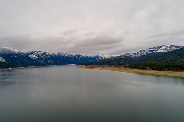 Peaceful Lake in Cle Elum