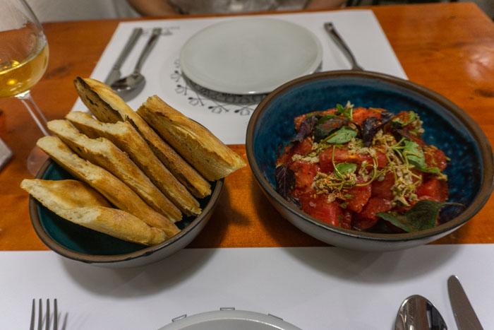 Tomato Salad & Bread from Salobie Bia