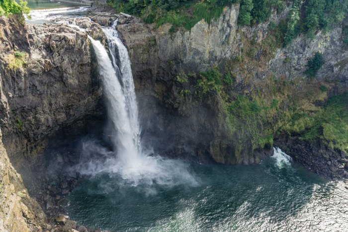 Glorious Snoqualmie Falls is a great first stop on the Seattle to Spokane drive